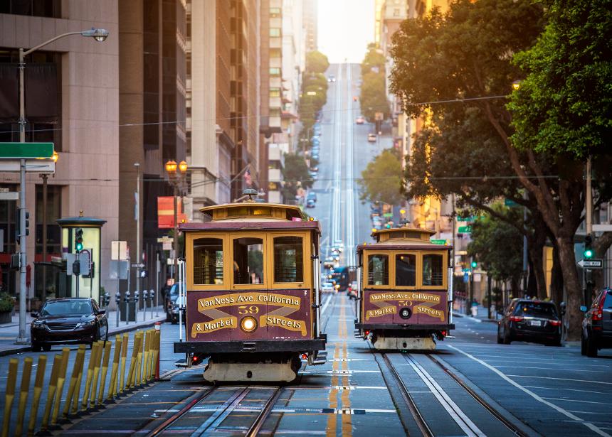 San Francisco biletiniz için 60.000 mil ve vergiler bizden